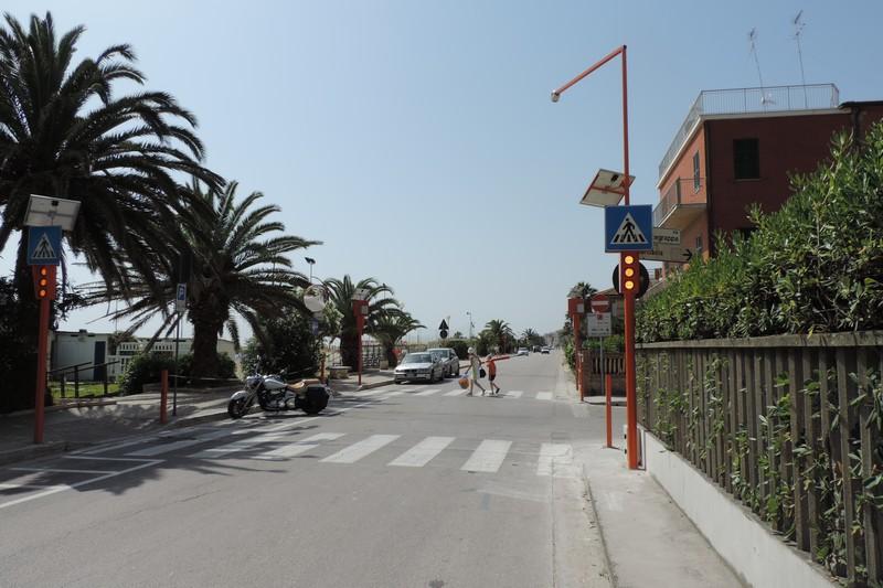 Porto San Giorgio (FM) - sistema di sicurezza stradale per attraversamenti pedonali